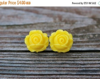 SALE Rosebud Stud Earrings - Bright Yellow