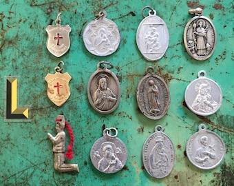 12pcs VINTAGE RELIGIOUS LOT Mixed Medals Devotions Set L
