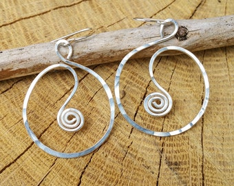 Spiral in a Circle Silver Hoop Earrings, Hammered Wire Hoops, Handmade Dangle Earrings, Sterling Silver Earring, Silver Wire Jewelry, Women