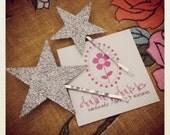 Silver glitter star hair pins set 1 large, 1 small