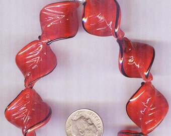 Exquisite Cherry Red Twisted Lined Leaf Glass Pendant Beads 6pcs