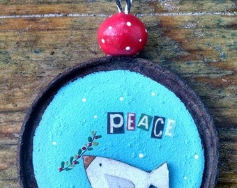 christmas...rusty peach collection...ornament...can lid peace dove