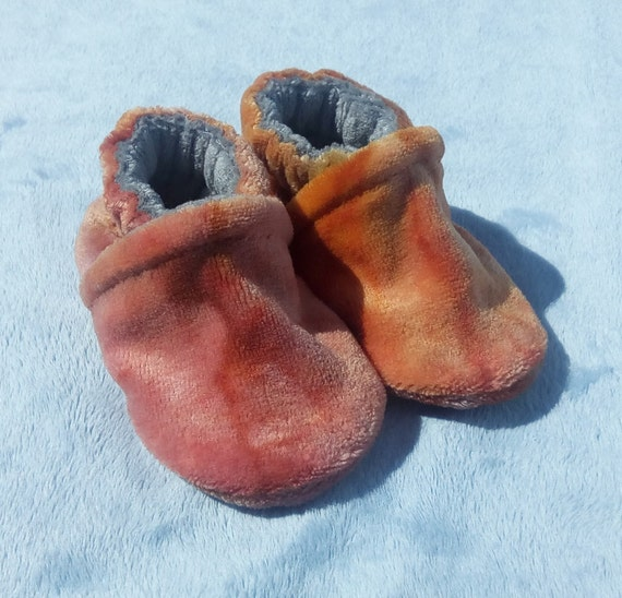 Flame: LWI Dyed Bamboo Velour Slippers 0-3M