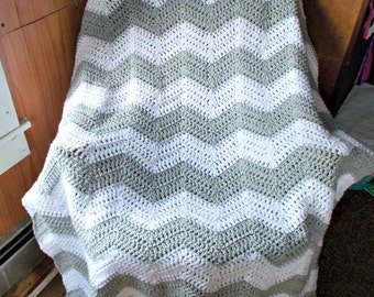 Crochet Ripple Afghan Blanket, Chevron, Throw Lapghan, Large size, Housewarming Gift, Light Gray and White , Chasing Chevrons, Mothers Day