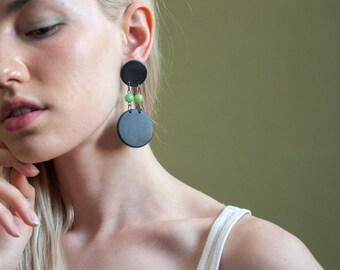 geometric circle dangle earrings / oversized circle earrings / pop art earrings / 1184a