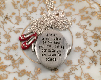 Wizard of Oz Necklace, A Heart is Not Judged, Wizard of Oz Locket, Gift for Her, Daughter Gift, Mother Gift, Gift Under 30, Girlfriend Gift
