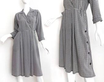 Sz 4 P 80s Black and White Shirt Dress - Women's Vintage Leslie Fay Petite Faux Wrap Front Collared Midi Dress