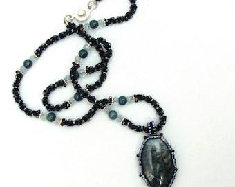 Dianite with aquamarine and apatite