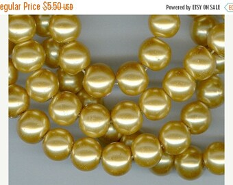 CLEARANCE 10mm Light Golden Yellow Glass Pearl Round Beads