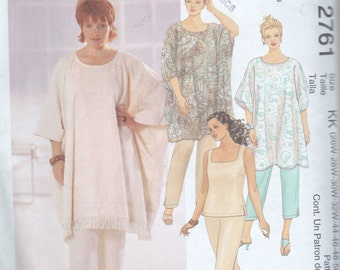 Sewing Pattern Plus 26 28 30 32 Women's Poncho Top & Pull On Pants Capris