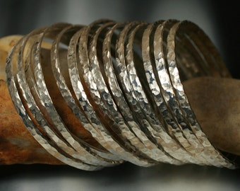 Stacking Bangle Bracelets, Silver Tone Bangles, Handmade Bangles, Hammered Bangles, one piece (item ID SPBW55N)
