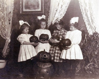 Vintage Photo Card Halloween Pumpkin Girls
