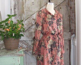 On sale 1980s button front shirt dress 80s casual dress size medium large Vintage rose print long sleeve day