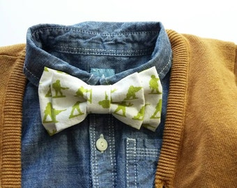 Toy Soldier Clip on Double Bowtie Infant Toddler Boy Army Men Novelty Print Military