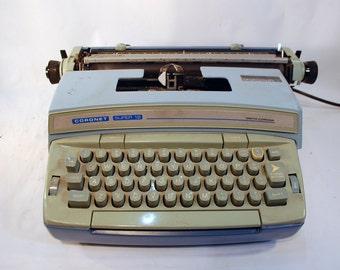 Smith Coronet Coronamatic Super 12 Electric working typewriter Wedgwood blue  and steel blue type writer typewriter