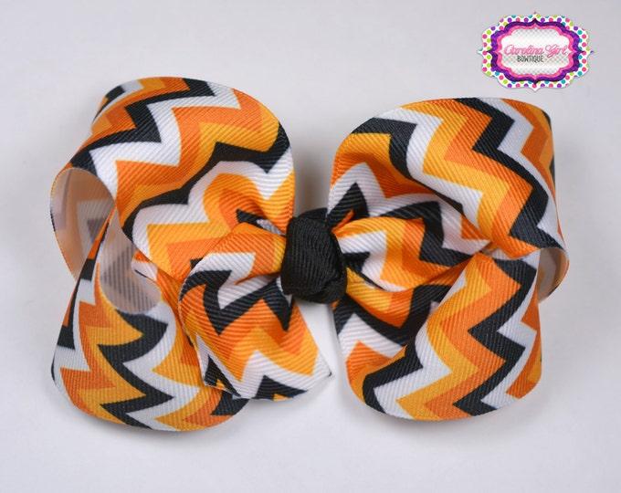 Halloween Chevron Boutique Hair Bow ~ 4 in. Bow ~Big Hair Bows ~  Girl Hair Bows ~ Black and Orange Hair Bow ~ Halloween Bow