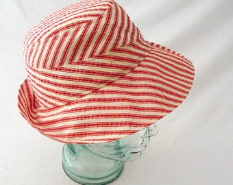 Womens Sunhat in Red and Creamy White Striped Cotton Seersucker - Womens Hats, Summer Hat, Cotton Sunhat, Summer Style, Lightweight Hat