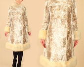 ViNtAgE 60's Glam Snow LEOPARD Faux Fur Russian Princess Coat // Giant Fur Collar // Mod // Cheetah // Small/Medium