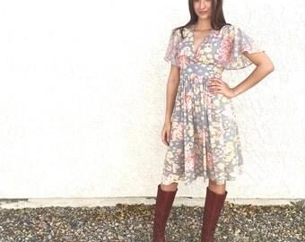 Vintage 70's Perfect Floral Spring dress