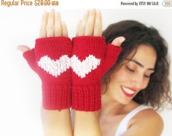 CLEARANCE 50% Fingerless Gloves with Heart -  Mittens - Valentines Day by Afra