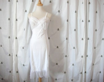 Vintage White Full Slip, Lace, Mid Century, Mad Men, Pin Up, Fancy Hem, Penney's Adonna, Size 34, Medium