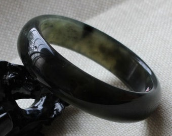 Vintage genuine nephrite black jade jadeite bangle bracelet in translucent grey color. Gemstone bangle 59 mm for slim wrist