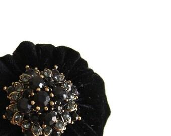 ON SALE Black Emery Pincushion / Emery Pin Cushion