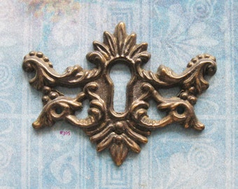 Wing Escutcheon Antique Brass Keyhole Filigree Skeleton Key Plate Repurpose Furniture Hardware Embellishment