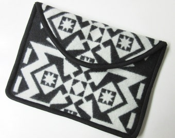 "12"" MacBook Laptop Cover Sleeve Case Native American Print Blanket Wool Arrows Black White"