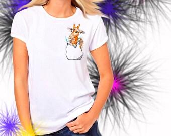 Ladies T-shirt Giraffe in Pocket Art Sizes XS-2X