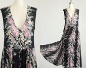 90s Vintage Black Floral Print Indie Boho Button Down Jumper Tunic Maxi Dress / Size Large