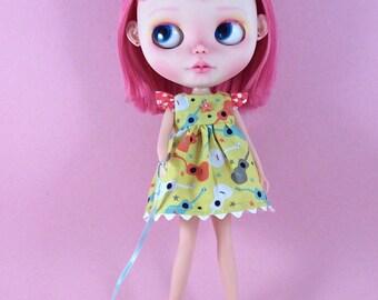 Ukulele Dress for Blythe  with Flutter Sleeves