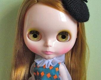 Petit beret for Blythe