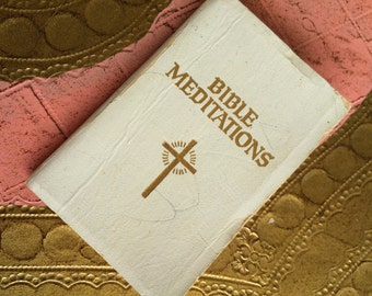 A Tiny Leather Book for Doll Or Child - A Book of Bible Meditations