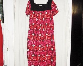 Vintage 60s Muu Muu Dress M Red Black Flower Print