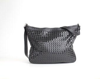Vintage 80s Woven Leather Purse | Black Woven Leather Shoulder Bag | Patent Leather Handbag