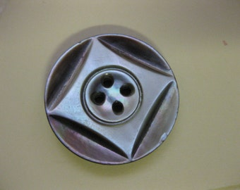 """Vintage Two Tone MOP Mother of Pearl Carved Round Square Button 4 holed 1"""" x 1/8"""""""