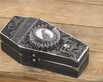 Medium Vintage Halloween Gothic Wooden Coffin Box Vampire Dracula Victorian Steampunk Falcon