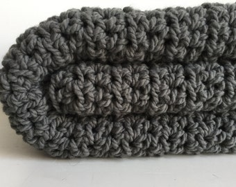 Chunky cozy wool throw blanket ~ Dark Gray