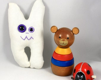 SALE* Tooth Monster ZED : Free Worldwide Shipping, Gus and Ollie, white teeth, handmade, plush toy softie.