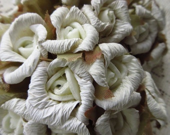 Paper Flowers 24 Old Fashioned Millinery Roses Ivory