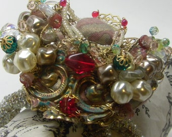 BAROQUE Fantasy Venetian Mask Beaded Cuff Clamper BRACELET FORTUNY Caravaggio Fabric Wedding Miriam Haskell Baroque Pearls Filigree Elements