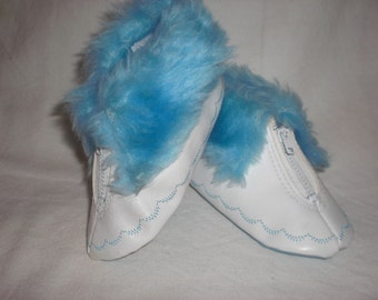 Sara Dee White and Blue Baby Boots Size Small 3/4