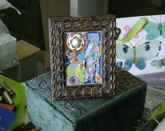 Vintage Button Original Mosaic