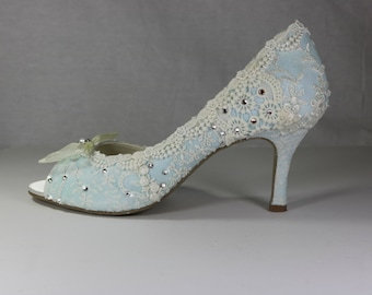 Something Blue Wedding Shoes .. Low Heel Wedding Shoes.. Vintage Lace Bridal Shoes .. Something Blue Bridal Shoes .  Peep toes .