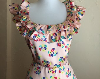 Adorable 90s Pink Ruffle Dress -   Betsey Johnson - silk flowers