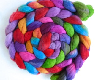 Rambouillet Wool Roving - Hand Painted Spinning or Felting Fiber, Color Tag