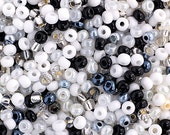 20 Grams Czech Rocailles Perciosa 8/0  Seed Beads - Black And White Mix - Size 8 (PS0102)