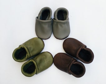 BASIC//LOAFERS ( pick color)Olive, Gray, Chocolate Brown Soft Soled Leather Shoes Baby and Toddler