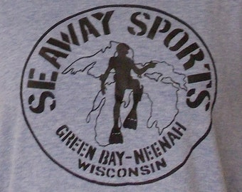 Vintage collectible Mayo Spruce t shirt blue Seaway Sports Green Bay Neenah scuba diver